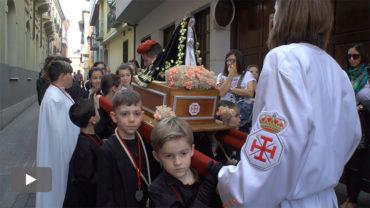 Sale la Miniprocesión Infantil con los pasos de Jesús, la Soledad, San Juanín y la Borriquilla