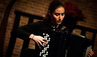 Concierto de acordeón de Olga Morral en el Centro Cultural Río Selmo