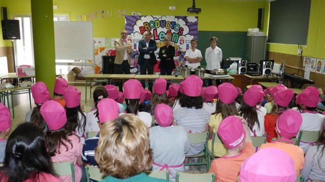Cuatro colegios del Bierzo participan en la campaña 'Productos de León en el colegio'