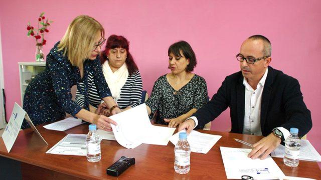 Cementos Cosmos dona 1.000 € a AFA Bierzo para el programa Quédate en Toral de los Vados