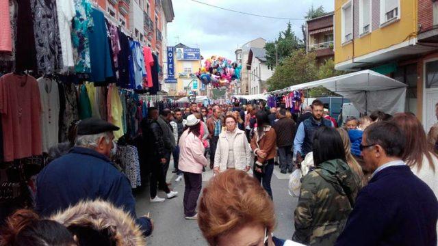 La Feria de Mayo de Cacabelos supera la cifra de los 11.000 visitantes