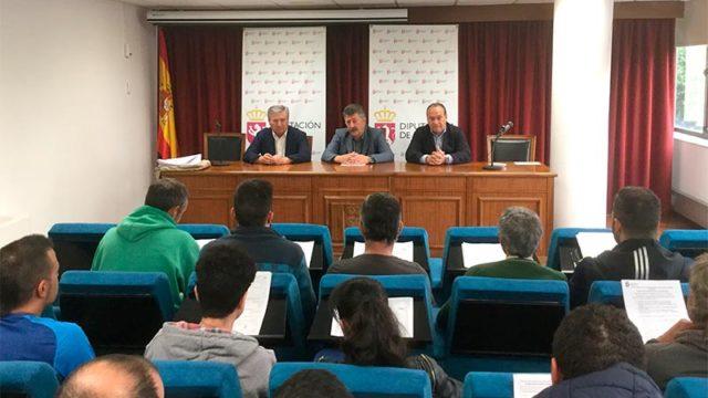 La Diputación contrata a 20 desempleados del Bierzo para la realización de trabajos forestales