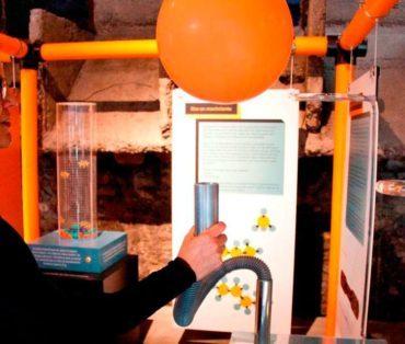 Taller didáctico y curso de plantas en el Museo de la Energía