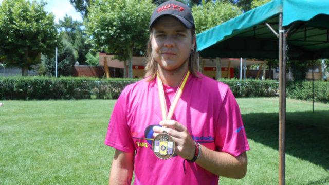Alex González bronce en el Campeonato Autonómico de Tiro con Arco