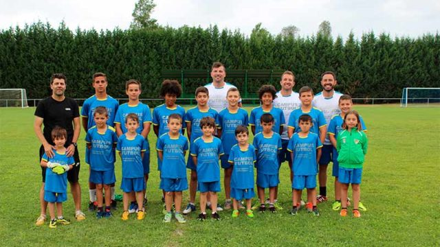 Clausurado el II Campus de Fútbol de Carracedelo con la participación de 18 niños
