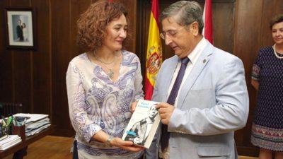 La Universidad Miguel Hernández de Elche se plantea realizar cursos de verano en Ponferrada