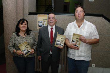 Francisco Ramos Lobato recoge la historia gráfica de los últimos 50 años de Valtuille de Arriba