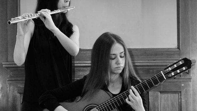 Dúo de flauta y guitarra en el ciclo Corteza de Encina con un programa de compositores contemporáneos