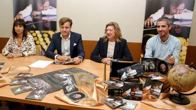 Alberto González presenta 'A primera vista' su primer disco que se estrena en el Bergidum