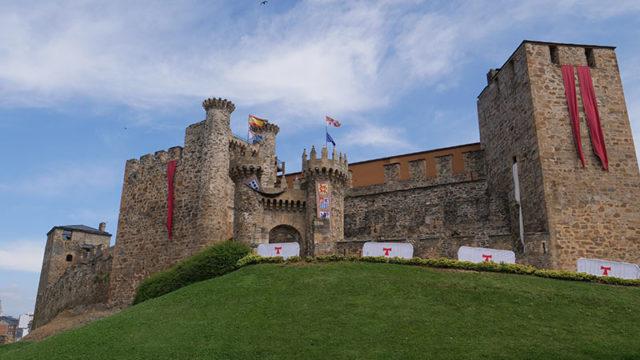 Nueva afluencia récord de visitantes al Castillo de los Templarios durante el puente de la Fiesta Nacional
