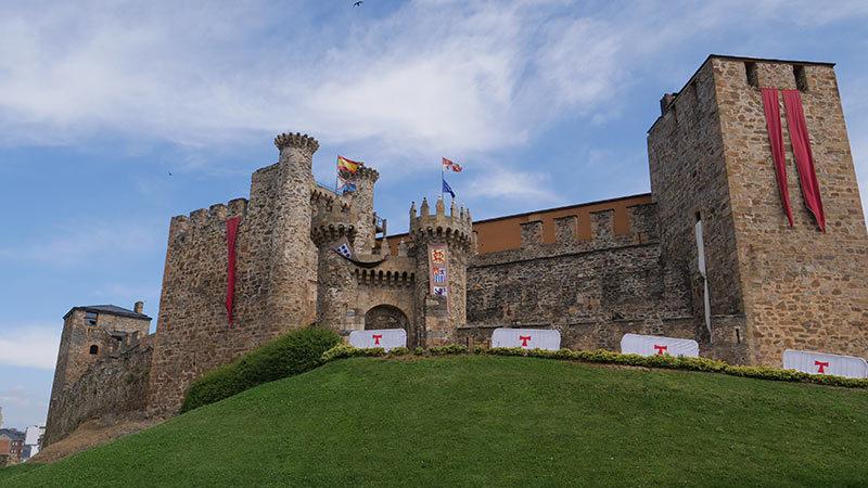 Nueva afluencia récord de visitantes al Castillo de los Templarios durante el puente de la Hispanidad