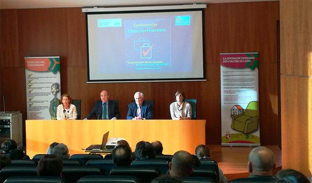 conferencia-educacion-financiera-en-bembibre.jpg