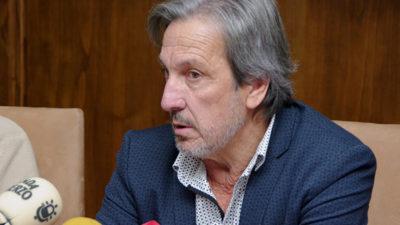 Pedro Muñoz a favor de renovar la red de abastecimiento de agua de fibrocemento