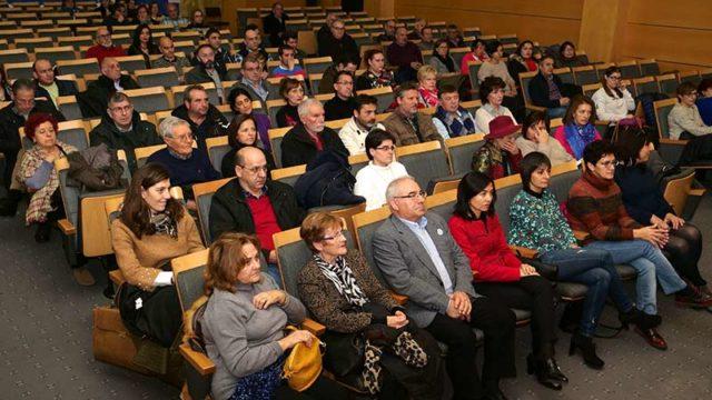 El Ayuntamiento firma los convenios de colaboración con la asociaciones culturales, sociales y deportivas de Ponferrada