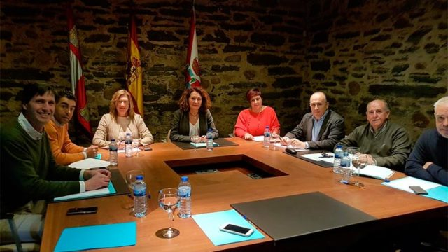 Los municipios del Camino de Santiago de Invierno acuerdan estar presentes en FITUR