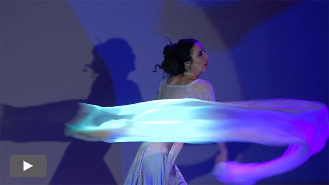 Clara bueno homenajea a la bailarina Tórtola Valencia