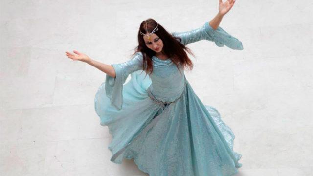 La bailarina Clara Bueno presenta 'Tórtola' en la sala Río Selmo