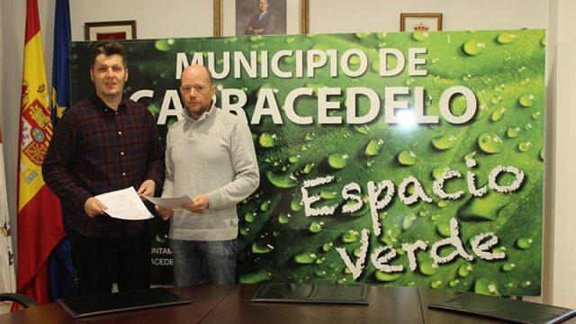 El Ayuntamiento de Carracedelo y la Mesa del Castaño subvencionan la plantación de 1.060 castaños