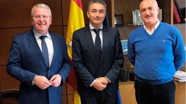 Fomento anuncia la inversión de 483.300 euros en la mejora de la carretera de Puente de Domingo Flórez