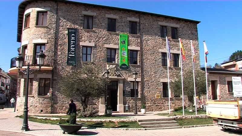 Ayuntamiento de Toreno. Foto Bierzotv