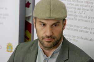 """Manuel Martínez en la presentación del concurso """"Hazte un corto"""". Foto Bierzotv."""