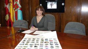 Cristina López Voces, Concejal de Medio Ambiente, presenta la ordenanza de protección de los árboles del municipio. Foto Bierzotv.