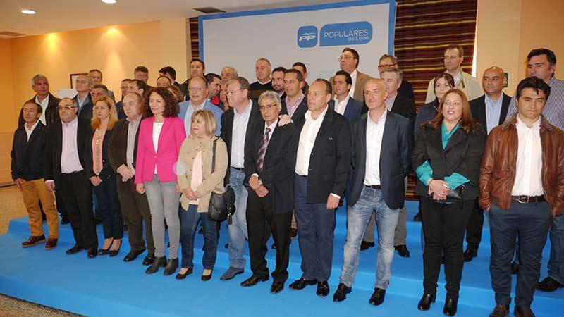 Acto de presentación de los 39 candidatos del PP a las Municpales de 2015. Foto Bierzotv.