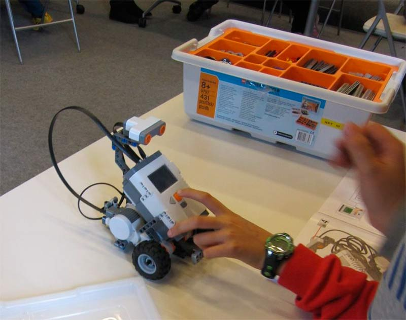 campamento-lego-robotix-museo-energia