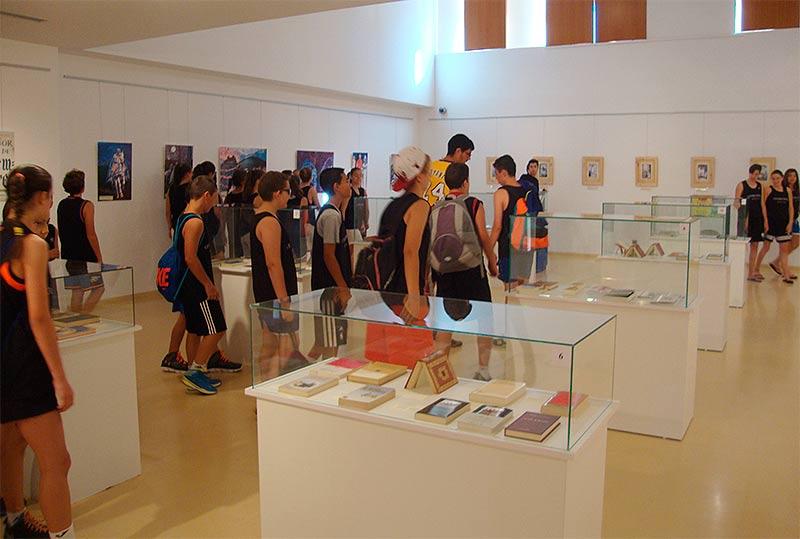 Exposición de las ediciones de El Señor de Bembibre de Jovino Andina en la Casa de las Culturas de Bembibre.