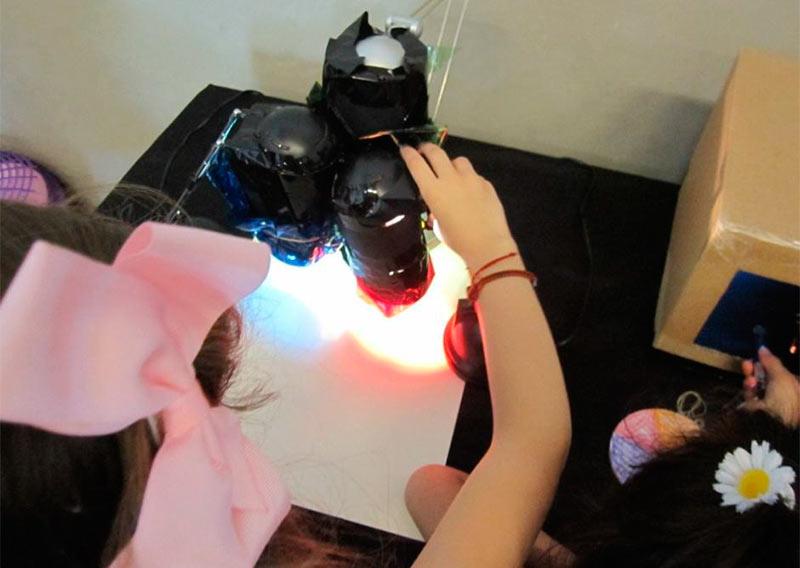 campamento-a-la-luz-de-la-tecnologia