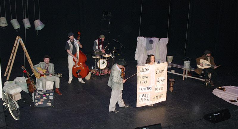 Los Moussakis en el Teatro Bergidum. Foto: Raúl C.