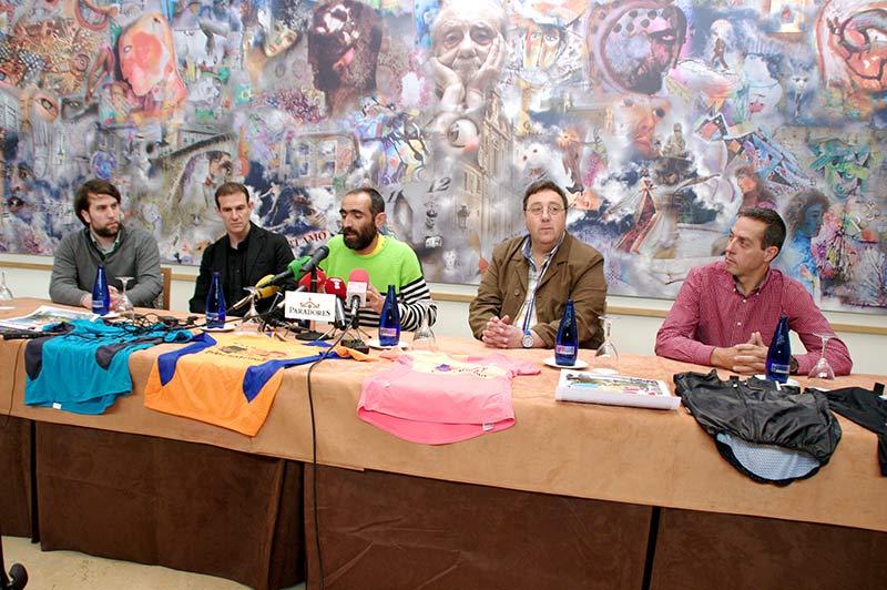 Presentación de la Bierzo Triman 2016 en el Parador de Vilalfranca del Bierzo. Foto: Raúl C.