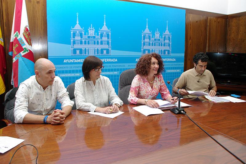 Presentación del proyecto de la administración electrónica en el Ayuntamiento de Ponferrada. Foto: Raúl C.