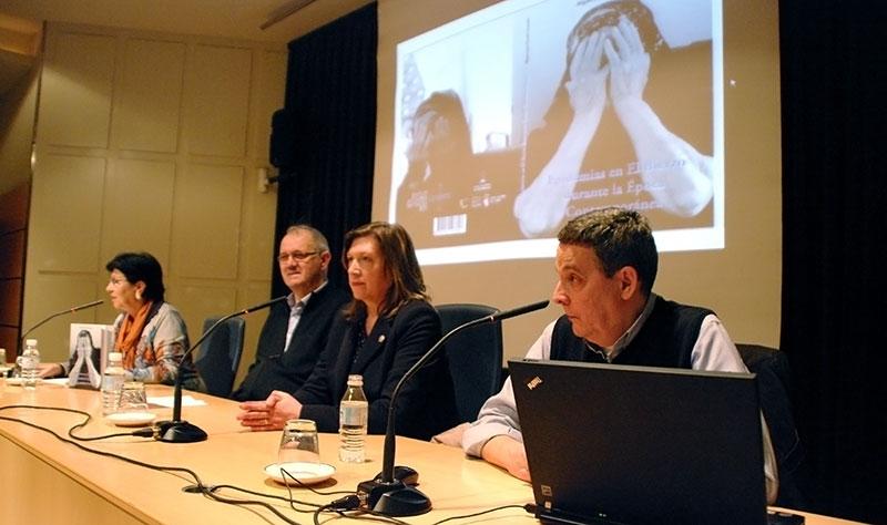 Jota presenta 'Epidemias en el Bierzo durante la Época Contemporánea'. Foto: Raúl C.
