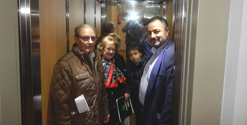 ascensor-camponaraya.jpg