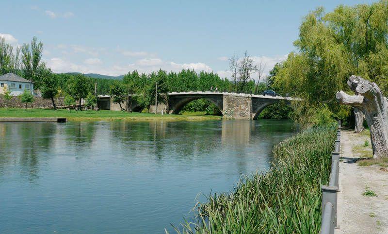 cacabelos-rio-cua-puente_03.jpg