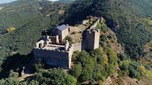castillo-cornatel.jpg