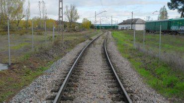 cementos-cosmos-linea-ferrocarril.jpg