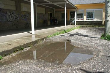 colegio-compostilla-patio2.jpg