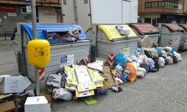 contenedores-basura-huelga.jpg