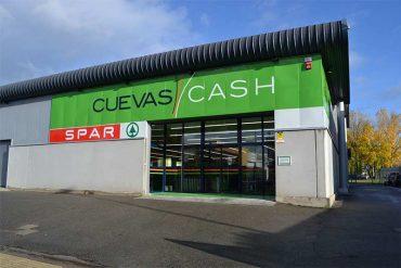 cuevas-cash.jpg