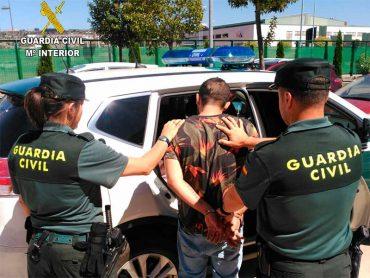 detenido-carracedelo-guardia-civil.jpg