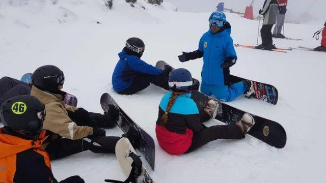 esquiadores-en-leitariegos.jpg