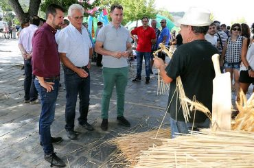 feria-agroalimentaria-artesania-el-espino2.jpg