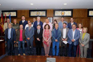 foto-familia-legislatura-concejales-ponferrada.jpg