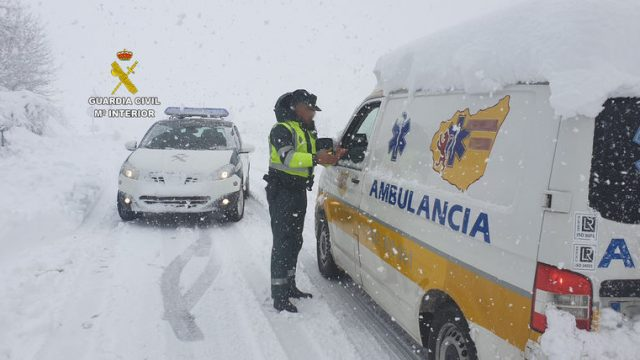 guardia-civil-actuaciones-temporal-nieve.jpg