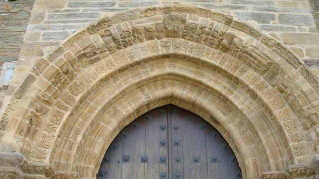 iglesia-villafranca-del-bierzo2.jpg