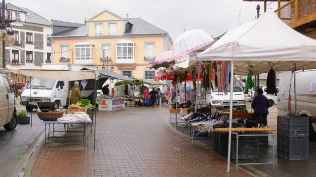 mercado-vega-de-espinareda.jpg
