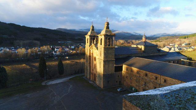 monasterio-san-andres-vega-de-espinareda.jpg