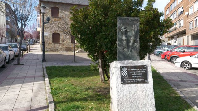 monumento-fabero.jpg